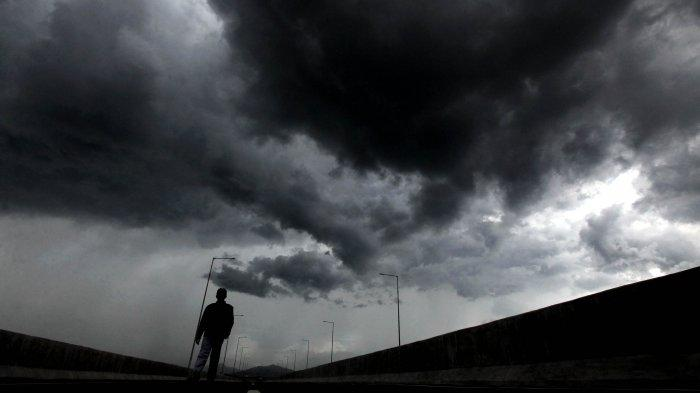 BBMKG Jayapura Pantau Bibit Siklon Tropis 94W, Warga Diminta Waspada