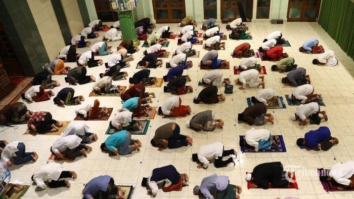 Jelang Bulan Ramadan, Simak Tata Cara dan Bacaan Niat Salat Tarawih dan Salat Witir