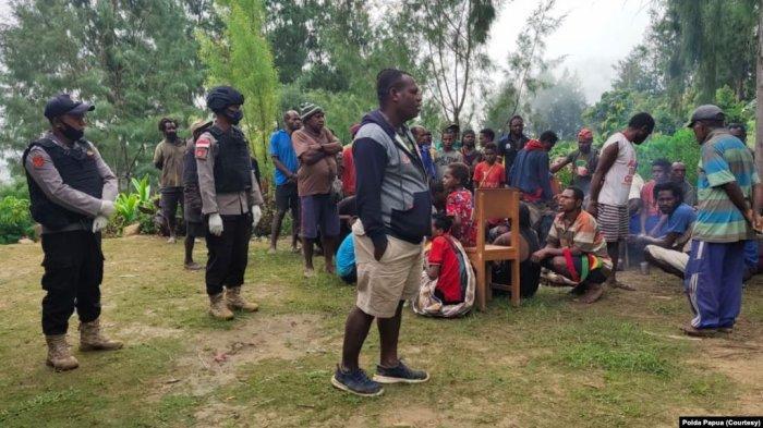 Gara-gara Ulah KKB di Intan Jaya dan Nduga, Anak-anak Tak Bisa Bersekolah dan Harus Ikut Mengungsi