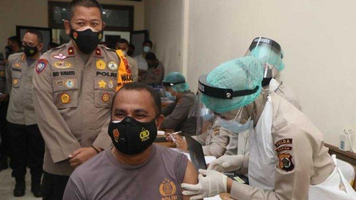 Kapolda Papua Perintahkan Propam Tangkap Polisi yang Tolak Divaksin, Harus Dipaksa