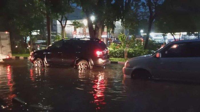 Tak Ingin Disebut Kebanjiran, Pemkot Surabaya: Hanya Genangan Air dan Langsung Surut