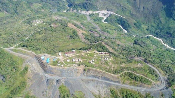 Melihat Progres Pembangunan Jalan Perbatasan Indonesia-Papua Nugini dan Kendalanya