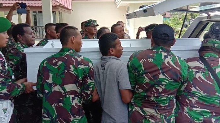Gugur Ditembak KKB di Papua, Jenazah Serka La Ongge Diterbangkan ke Kampung Halaman