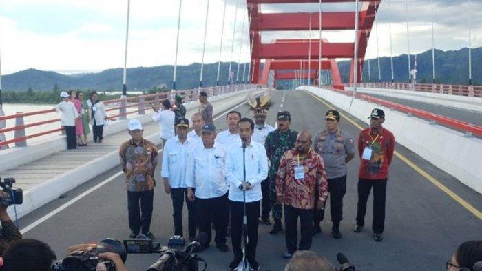 Kunjungi Papua sampai 13 Kali, Jokowi: Terjemahankan Sendiri Artinya Apa