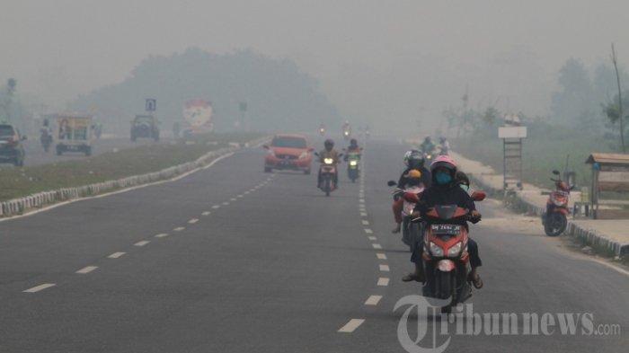 Bayi di Riau Sakit Kena Kabut Asap, Keluarga Menangis Sebut Tak Punya Uang untuk Berobat
