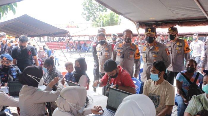 Kakorbinmas Bahari Polri Tinjau Percepatan Vaksinasi Menjelang PON XX Papua