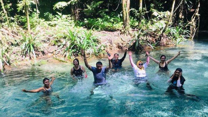 Pesona Kalibiru Raja Ampat Papua Barat, Sungai dengan Air Biru Jernih Bahkan Bisa Langsung Diminum