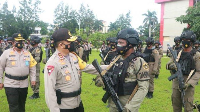 Kirim 100 Brimob ke Papua untuk Amankan Wilayah dari KKB, Kapolda NTT: Disiplin dan Saling Jaga