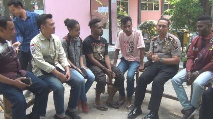 Kapolres Ogan Ilir Bersilatuhrahmi dengan Mahasiswa Unsri Asal Papua Diiringi Lagu 'Tanah Papua'