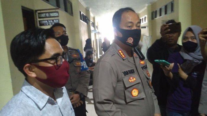 Kata Polisi soal Sosok Pemesan Artis VS: Pekerjaan Swasta, Warga Lampung