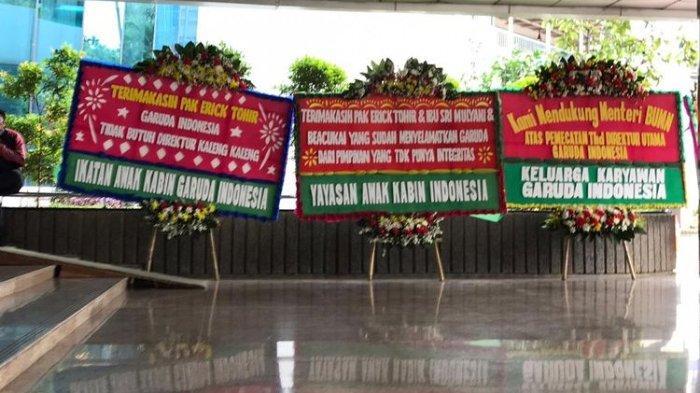 Karangan Bunga di Kantor Kementerian BUMN, Dukungan ke Erick Thohir dan Sindiran untuk Ari Askhara