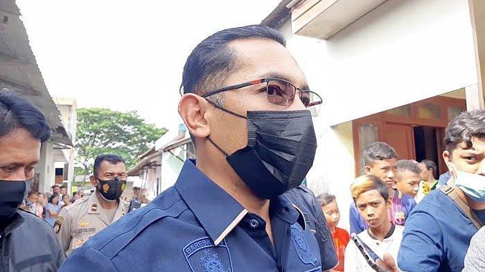 Polisi Tangkap Pria yang Viral karena Mengumpat Pengunjung Mal yang Pakai Masker: Masih Diperiksa