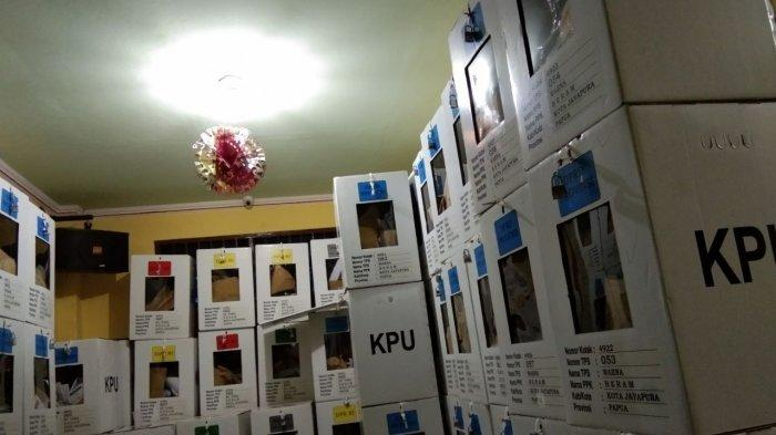 Kotak dan Surat Suara untuk PSU di Kabupaten Yalimo akan Ditampung di Wamena sebelum Didistribusikan