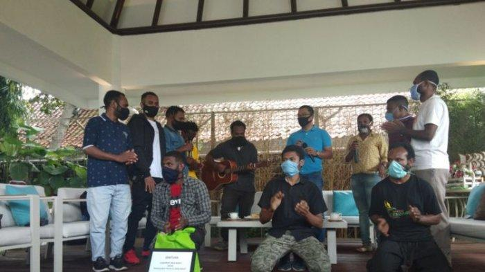 Bantu Mahasiswa Papua Uang dan Sembako, Ridwan Kamil Juga Ikut Kampanyekan Antirasisme
