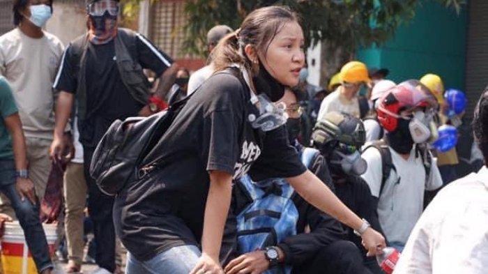 Viral Sosok Angel yang Tewas Ditembak Militer Myanmar, Sempat Tendang Pipa Air untuk Teman-temannya
