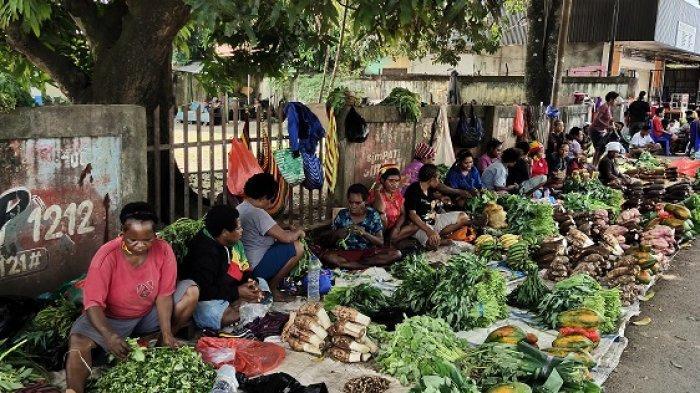 PPKM Level 4, Pedagang Sayur di Expo Waena Jayapura Keluhkan Anjloknya Pendapatan