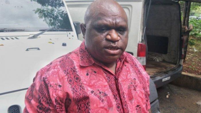 Ambroncius Nababan Unggah Nada Rasial kepada Natalius Pigai, Warga Papua Diminta Tak Terprovokasi