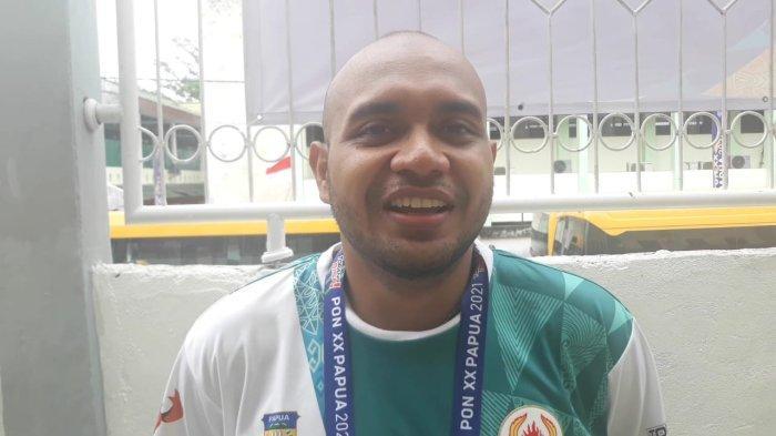 Tekan Lawan Secara Nyentrik, Mario Steven Curi Perhatian di Sepak Takraw PON Papua