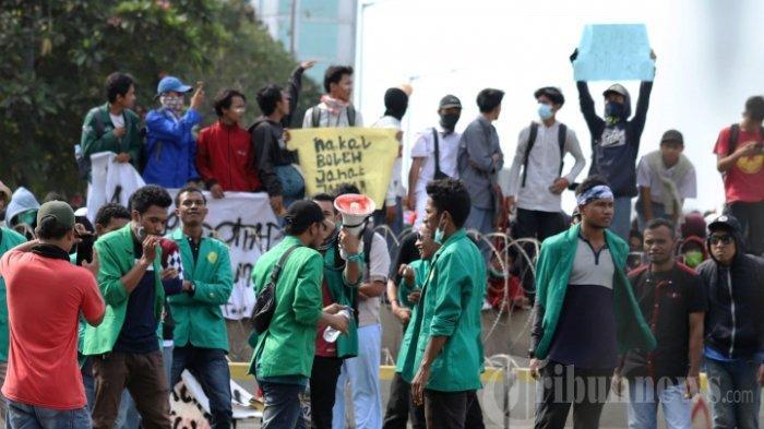 7 Fakta Demo Mahasiswa di Sejumlah Daerah: Ibu Hamil Tertembak hingga Anggota DPRD Dikurung Massa