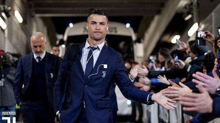 Positif Terinfeksi Virus Corona, Cristiano Ronaldo Terancam Absen Berlaga di Liga Champions