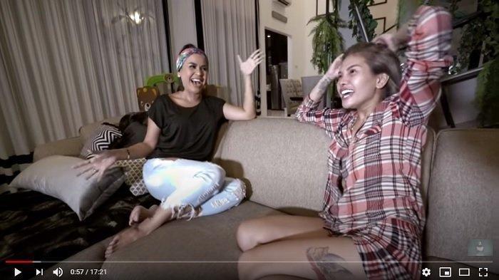 Nikita Mirzani Bocorkan Sosok yang Buatnya Takut, Melaney Ricardo Tertawa: Gue Juga Takut kalau Itu