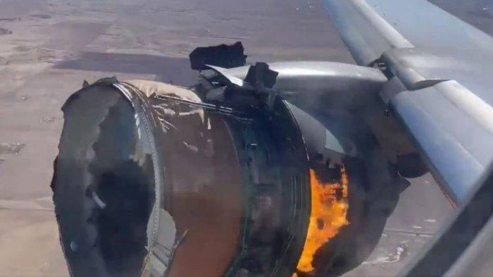 Video Detik-detik Mesin Pesawat United Airlines Terbakar di Udara, Begini Nasib Para Penumpang