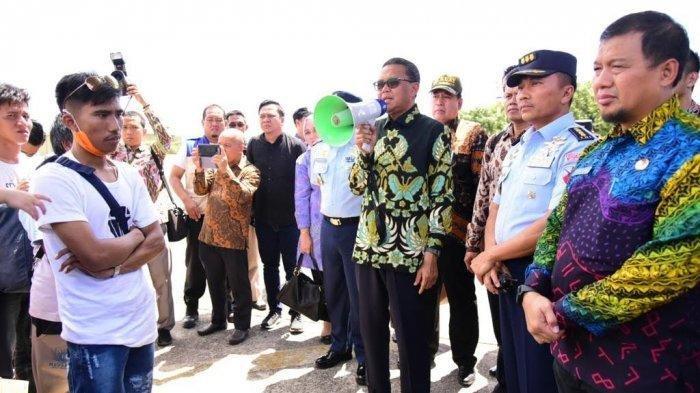 Gubernur Sulsel Minta Permudah Sekolah Korban Kerusuhan Wamena di Kampung