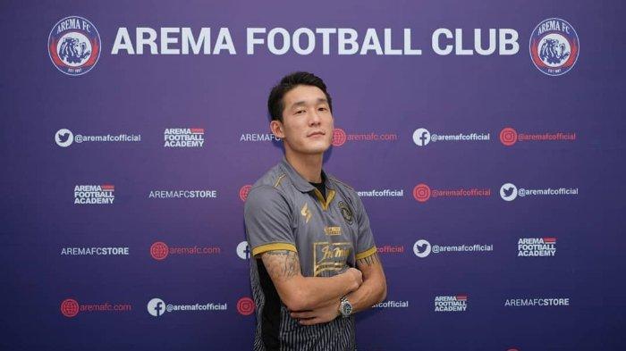 Resmi Rekrut Oh In Kyun, Arema FC Berterima Kasih kepada Persipura Jayapura