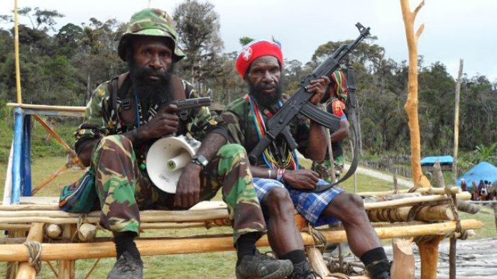 TPNPB-OPM Commanders Gen. Goliath Tabuni Right Side and Major General Lekagak Telenggen Left Side delclared that war against Indonesian Military Occupation in West Papua