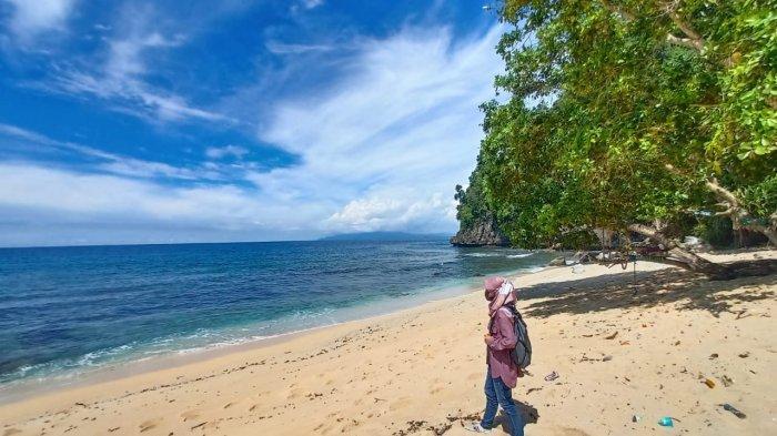 Pantai Pasir Putih Base G, Tempat Wisata Unggulan di Kota Jayapura Papua