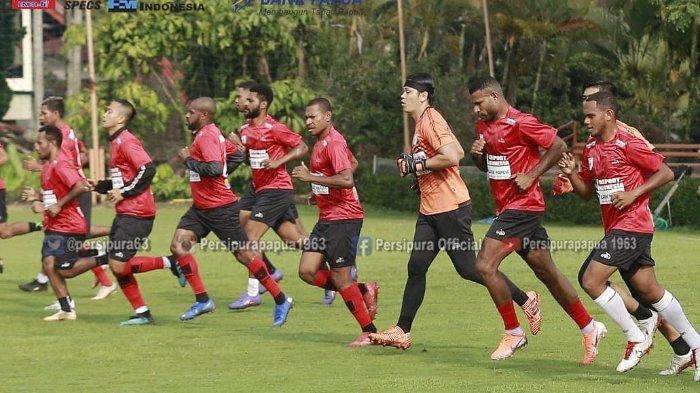 Pertandingan Lanjutan Liga 1 2020 Bakal Berbeda, Kiper Persipura Jayapura: Enggak Masalah