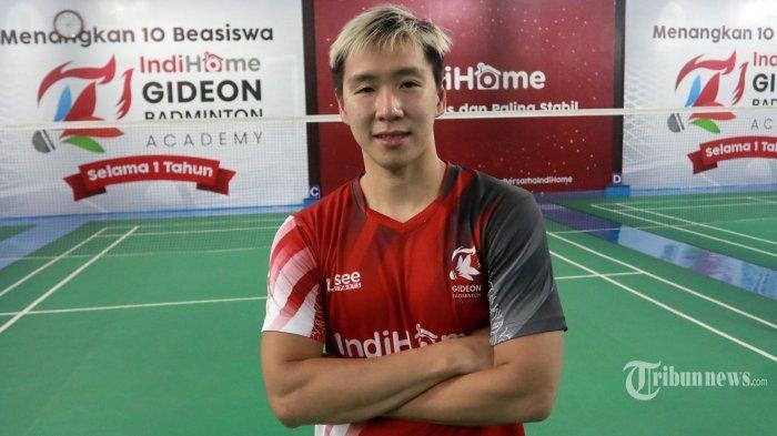 Pebulu Tangkis Ganda Putra Indonesia Marcus Fernaldi Gideon berpose usai wawancara dengan Tribun Network di di Gideon Badminton Hall, Ciangsana, Bogor, Jumat (5/2/2021).