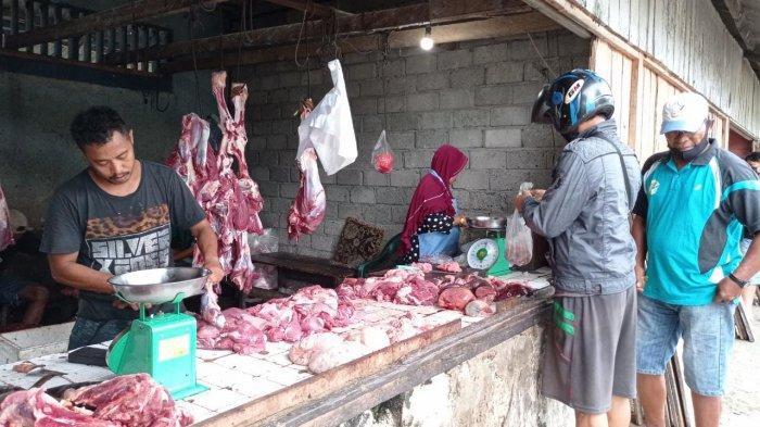 Jelang Lebaran, Harga Daging Sapi dan Ayam di Pasar Wosi Manokwari Melonjak