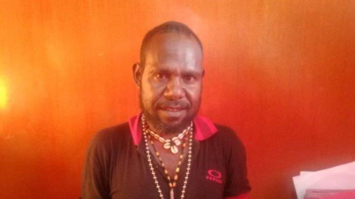 Pelaku penjualan senjata api dan amunisi ke Kelompok Kriminal Bersenjata (KKB), diamankan Polres Kabupaten Puncak Jaya, Papua.