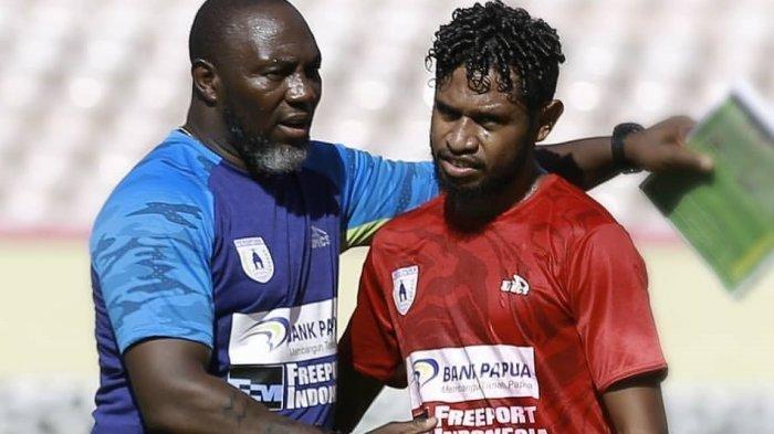 Imanuel Wanggai Pindah ke Borneo FC setelah 14 Tahun Lengkapi Persipura Jayapura