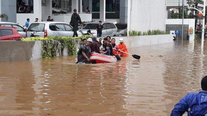 5 Fakta Banjir di Bogor, 7 Orang Korban Tewas, Seorang Hilang dan Video Rekaman Banjir Turut Muncul