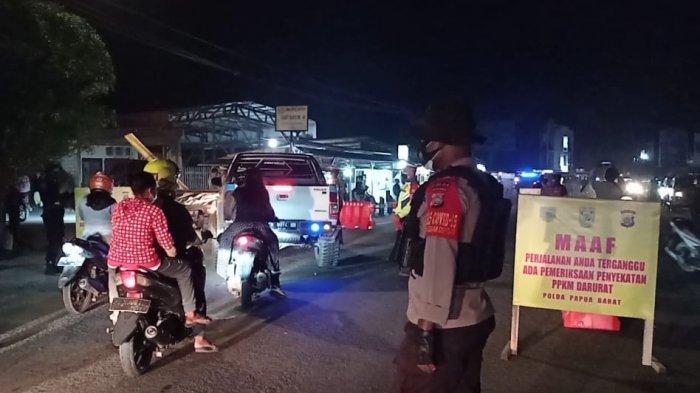 Warga Protes Sanksi Rp50 Ribu Bagi Pelanggar PPKM Mikro di Sentani Jayapura