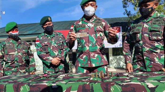 TNI Bongkar Modus Baru Penyelundupan Senjata Api dan Amunisi ke Papua