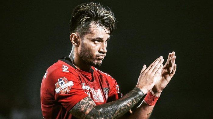 Tim Dokter Bali United Ungkap Kondis Terkini Stefano Lilipaly yang Alami Cedera saat Lawan Persipura