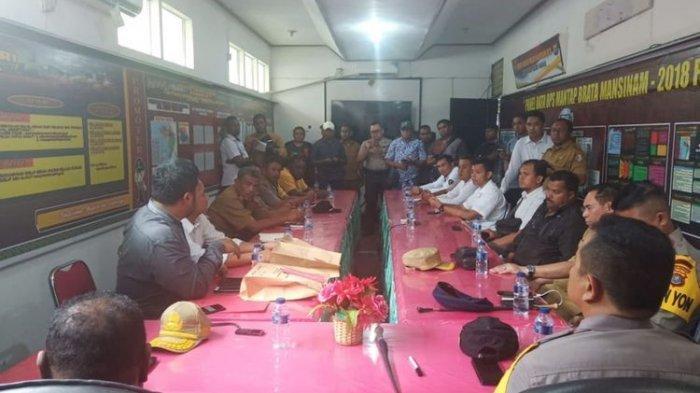 Pedagang Pasar di Fakfak yang Terimbas Kerusuhan Papua Dapat Bantuan Rp 5 Juta