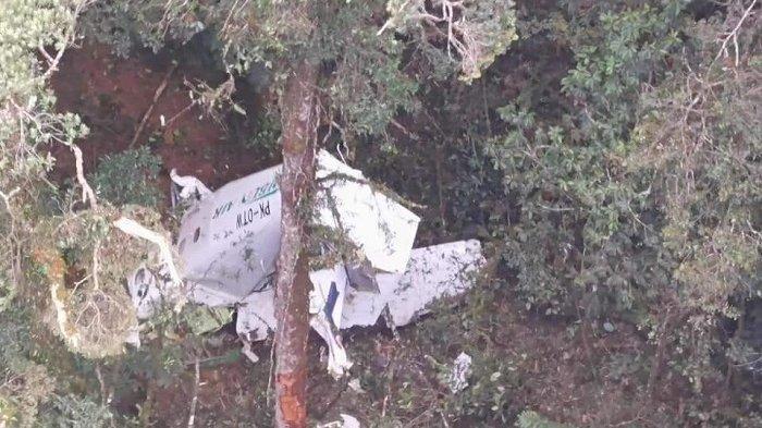 Pesawat Hancur di Ketinggian 2.400 Meter di Daerah Rawan KKB, Ini Kemungkinan Kondisi Kru Rimbun Air