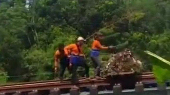 Viral Video 3 Petugas PT KAI Buang Sampah ke Bantaran Sungai, Beralasan Karung Tertinggal