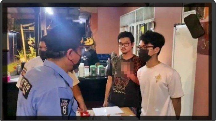 Viral Foto Pemilik Kafe Acungkan Jari Tengah saat Dirazia PPKM, Dipanggil Polisi untuk Dalami Motif