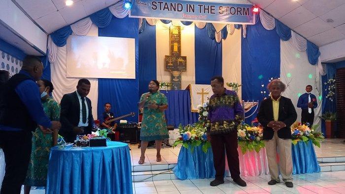 Refleksi HUT Ke-39 PGM, Bernard Erari: Menjangkau Anak Muda Papua Melalui Pelayanan Gereja