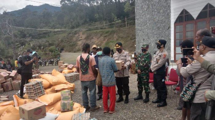 Polda Papua menuturkan saat ini situasi di Intan Jaya telah kondusif serta warga yang sempat mengamankan diri telah kembali ke rumahnya.