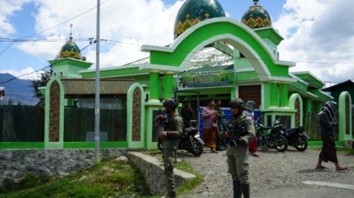 Sosok Briptu Mario Sanoy yang Gugur Diserang OTK di Papua, Kerap Kumpul dengan Warga