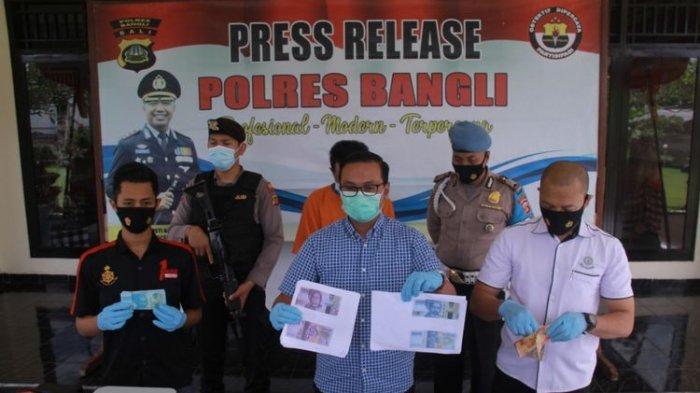 Pria di Bali Ditangkap karena Edarkan Uang Palsu, Cetak Sendiri di Kamar Kos dan Dijual Online