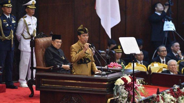 Seloroh Fahri Hamzah soal Pakaian Adat Saak yang Dikenakan Jokowi, Singgung soal Konges V PDIP