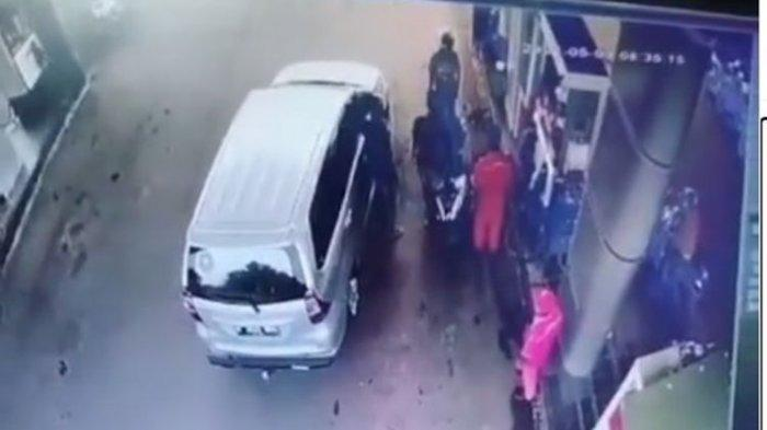 Viral Pengemudi Mobil Mengaku Polisi dan Pukul Seorang Pria di SPBU, Korban: Dia Ancam Mau Menembak
