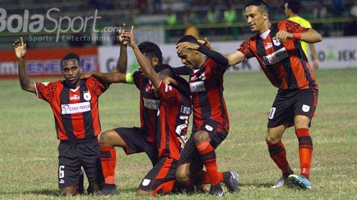 Mantan Pemain Persipura Jayapura Prisca Womsiwor Resmi Bergabung PSM Makassar, Langsung Ikut Latihan